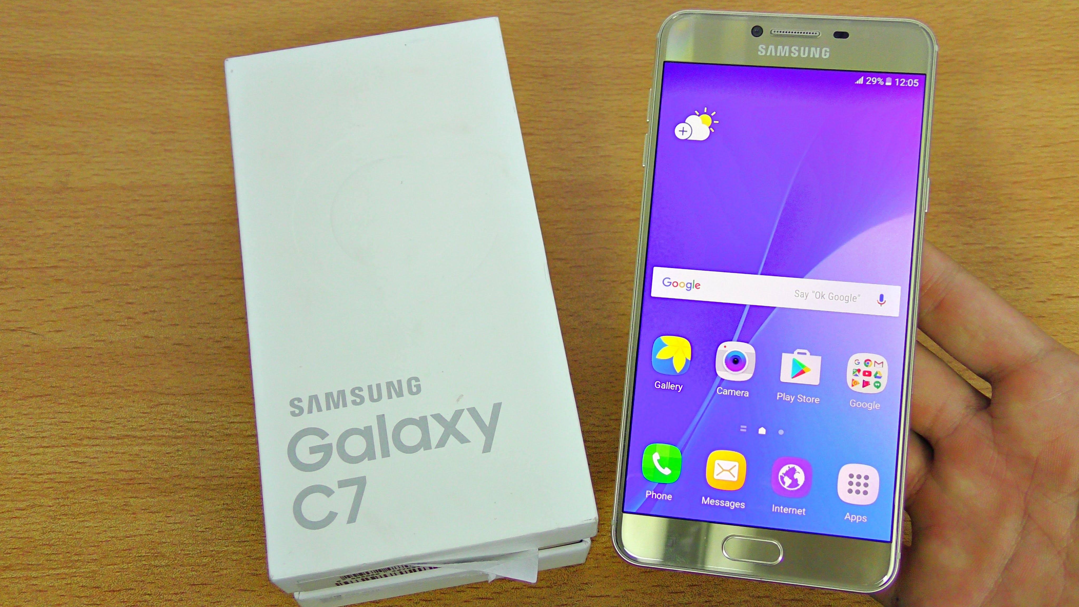 Samsung Galaxy C7 Price